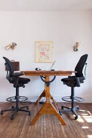 Antique Swivel Office Chair by Best 25 Antique Drafting Table Ideas On Pinterest Drafting Desk