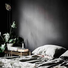 chambre a coucher noir et gris osez le noir et le gris anthracite dans la chambre à coucher