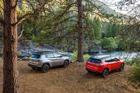 jeep compass trailhawk 2017 2017 jeep compass limited and compass trailhawk photos first