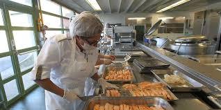 cuisine centrale elior cantines de périgueux elior tente une opération séduction sud