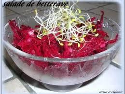 comment cuisiner la betterave crue salade de betterave crue et alfalfa recette ptitchef