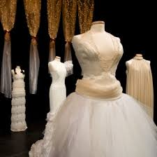 where to get my wedding dress cleaned myreporter com where can you get a wedding dress cleaned and