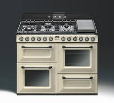 piano cuisine smeg piano de cuisson tra4110 de smeg version crème tr4110p