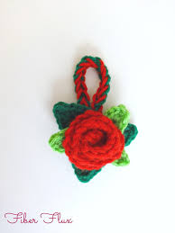 fiber flux free crochet pattern christmas rose ornament