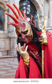 venice carnival costumes best 25 venetian costumes ideas on venice carnival