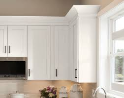 kitchen cabinet base molding ideas decorative molding timberlake cabinetry