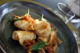 cuisiner le calamar recette de calamar à la plancha aux saveurs du sud facile et rapide
