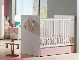 chambre evolutive pour bebe lit évolutif pour bébé blanc et