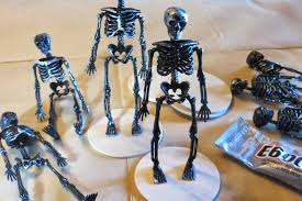 halloween trophy costume contest trophies through the eyes of the mrs