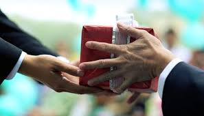 corporate gift giving in the culture nell king pulse