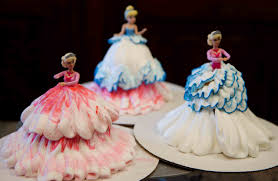 how to make barbie cupcakes cake decorating youtube