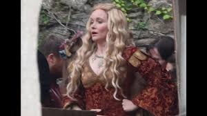 Natalie Dormer Love Scene Game Of Thrones Season 6 Set Scene Love And Emilia Clarke Kit