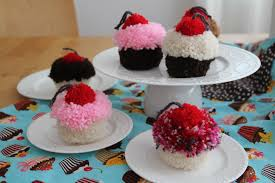 pom pom cupcakes the sweet tutorial radmegan