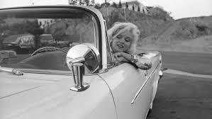 marilyn monroe 1962 in white chrysler 300h cabrio marilyn