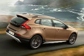 volvo v40 cross country 2013 2016 models 5 door hatchback