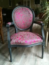 tissu pour fauteuil crapaud rénove ou restaure vos siéges ou fauteuils anciens tapissiers au