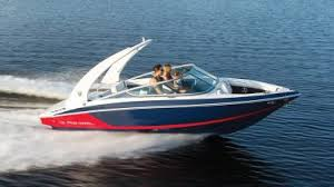 42 fly regal boats overview