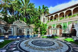 luxury houses villas and hotels
