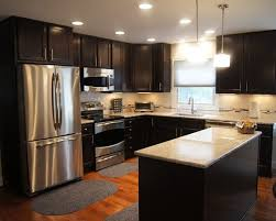 dark chocolate kitchen cabinets breathtaking dark chocolate kitchen cabinets 27776 home ideas