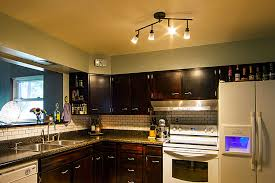 Led Kitchen Lighting by Spotlights Vs Floodlights What U0027s The Difference