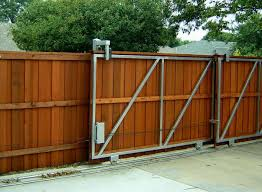 pleasing design landscape ideas for backyard fence stimulating how