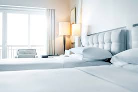 Room Decoration Pictures Decorating Tips To Copy From Hotels In Your Home Reader U0027s Digest