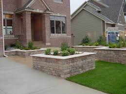 home design cinder block retaining wall planter wainscoting