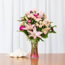 flower delivery honolulu lilies flower delivery in honolulu watanabe floral