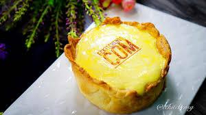 gooey flaky crispy pablo style lava cheese tart medium to
