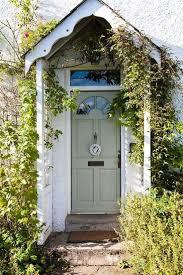 32 best voordeur images on pinterest doors back doors and door 20 incredible tiny house cottage front porch