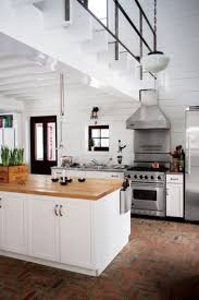 plans cuisines cuisine style cottage lovely 84 best plans de chalet images on