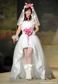 disgusting wedding dresses the 25 best ugliest wedding dress ideas on