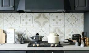 tapisserie cuisine modele papier peint cuisine papier peint intiss rouleau 52 cm x