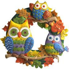 bucilla 86562 owl wreath felt applique wall hanging kit 17 by 17