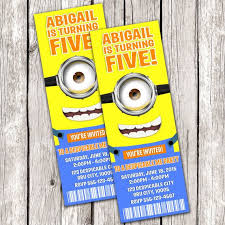 diy minion invitations 75 best invitaciones minions images on invitations