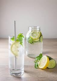 membuat infused water sendiri resep inilah cara membuat infused water lemon yang sehat dan segar