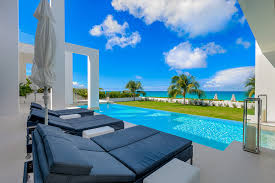 the beach house luxury retreats