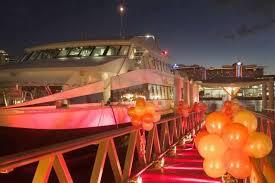 sydney harbor dinner cruise magistic new year s fireworks cruise on sydney harbour