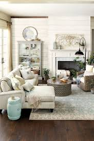 Small Couch For Bedroom by Best 25 Fireplace Furniture Arrangement Ideas On Pinterest