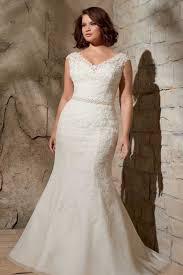 wedding dress for curvy the 25 best curvy ideas on plus size brides