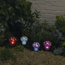 Solar Light Ideas by Best 25 Mushroom Lights Ideas On Pinterest Fantasy Fantasy