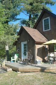 visit this small beautiful economical lakeside cottage