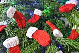 knitting pattern for christmas stocking free mini christmas stockings free knitting pattern rocknrollerbaby