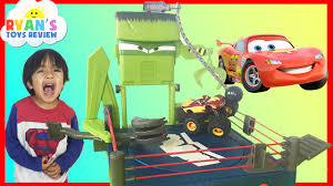 monster trucks video clips disney cars toon monster truck wrastlin u0027 lightning mcqueen tow