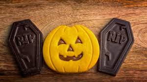 kit kat halloween we found all the good dark chocolate halloween candies for you