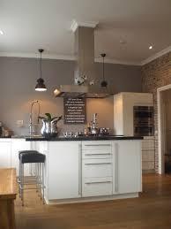 küche wandfarbe stilvolle küche grau wandfarbe zu weißer küche white kitche
