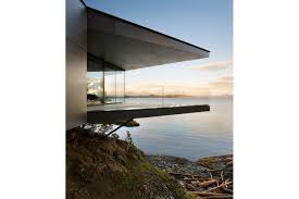 cantilevered deck quadra island home patkau architects a daringly cantilevered