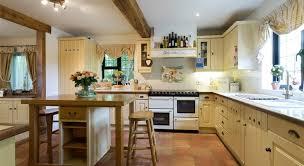 peinture meuble cuisine chene comment peindre une cuisine peinture meuble cuisine chene