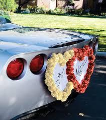 deco mariage voiture quelles décorations pour les voitures à un mariage decoration