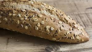 alimenti fanno bene ai capelli pane con semi di zucca sapore antico